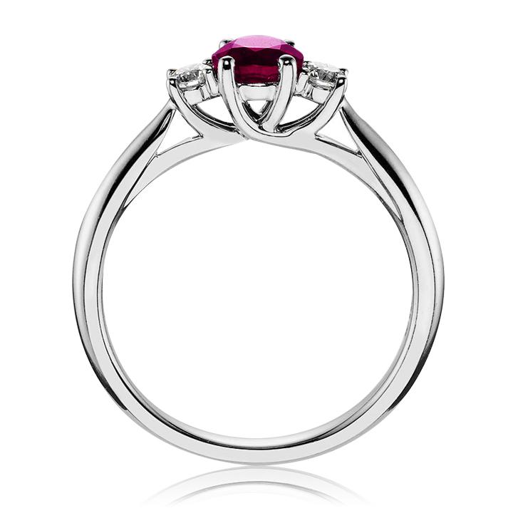 Золотое кольцо с рубином «Magic tenderness»