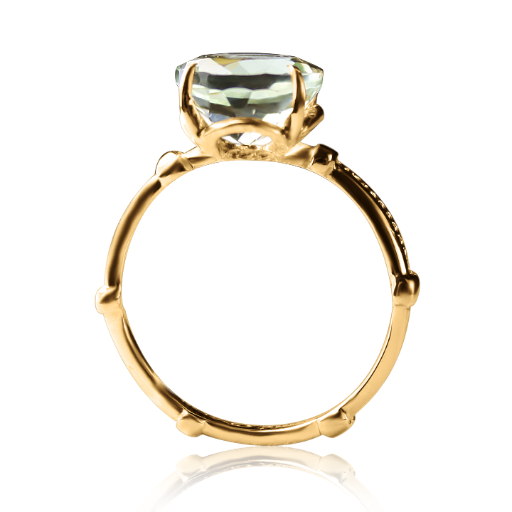 Золотое кольцо с аметистом «Рената»