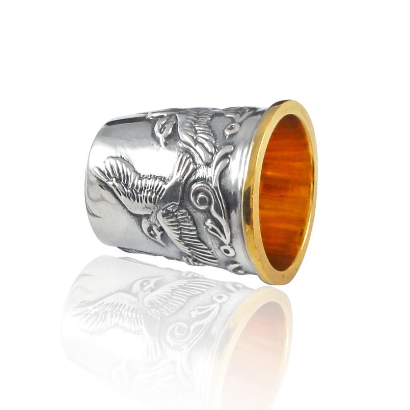 Серебряный наперсток  с позолотой «Птицы»