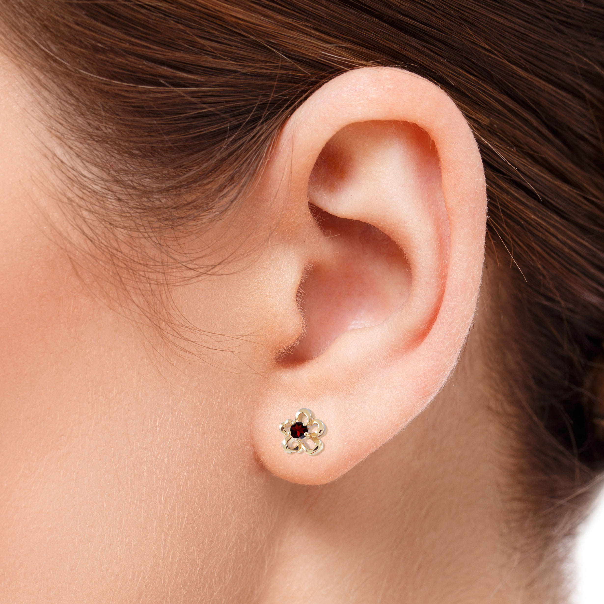Гвоздики в уши фото