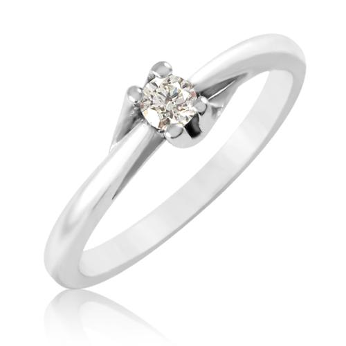 Золотое кольцо бриллиант