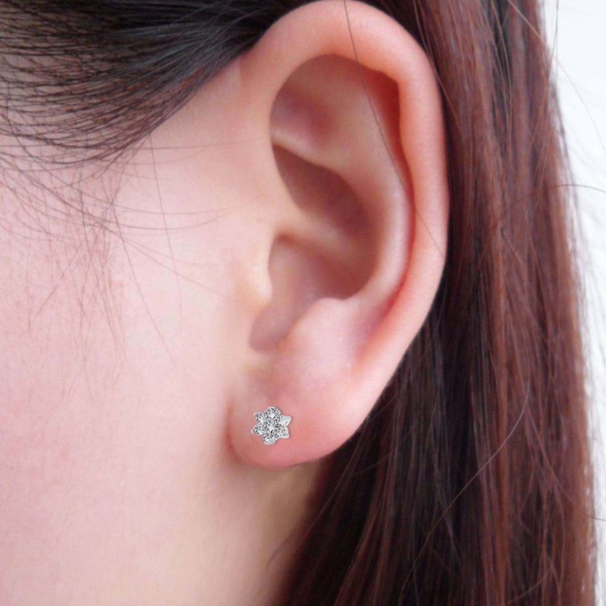 Золоті сережки з діамантами «Діамантова квіточка»