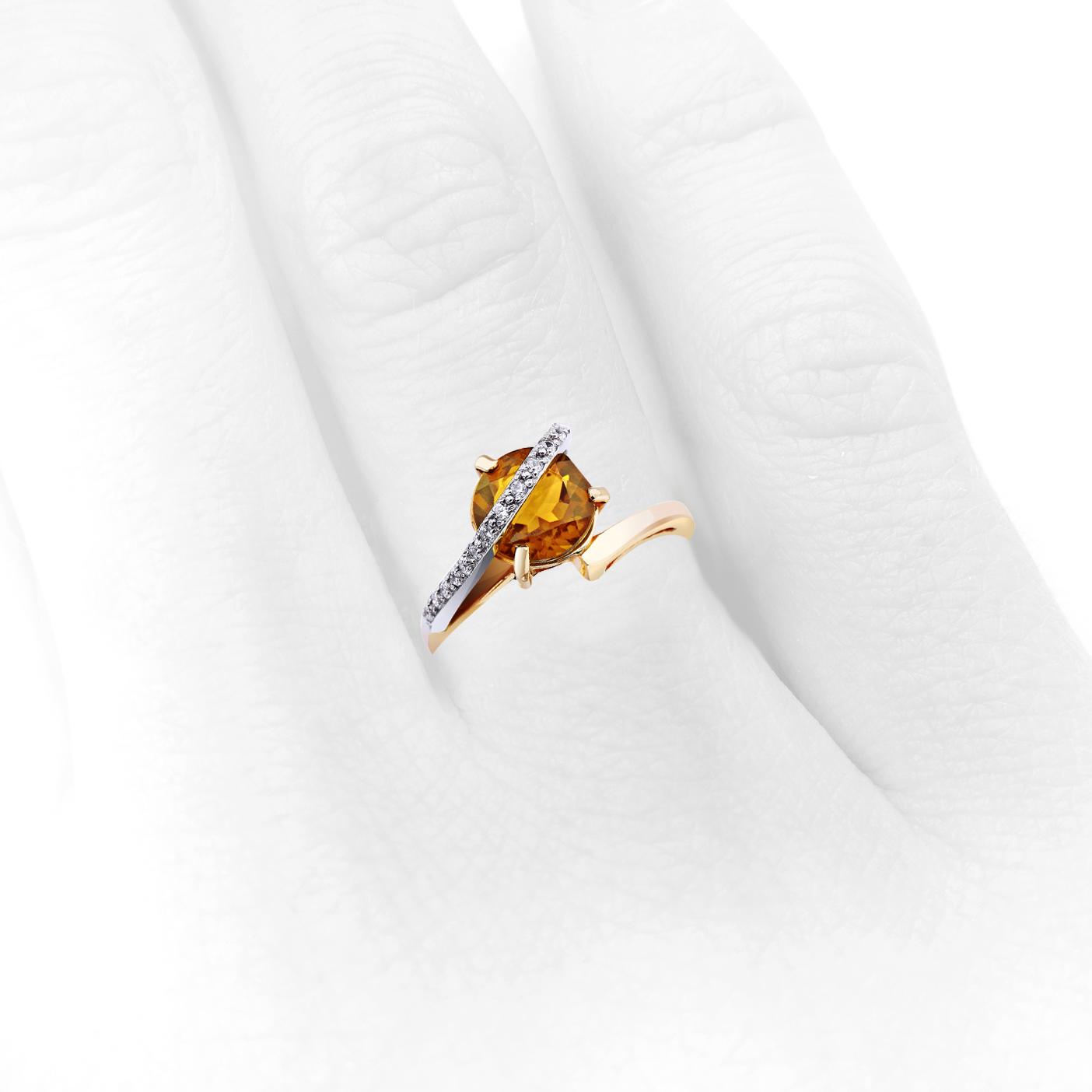 кольцо с цитрином и цирконами