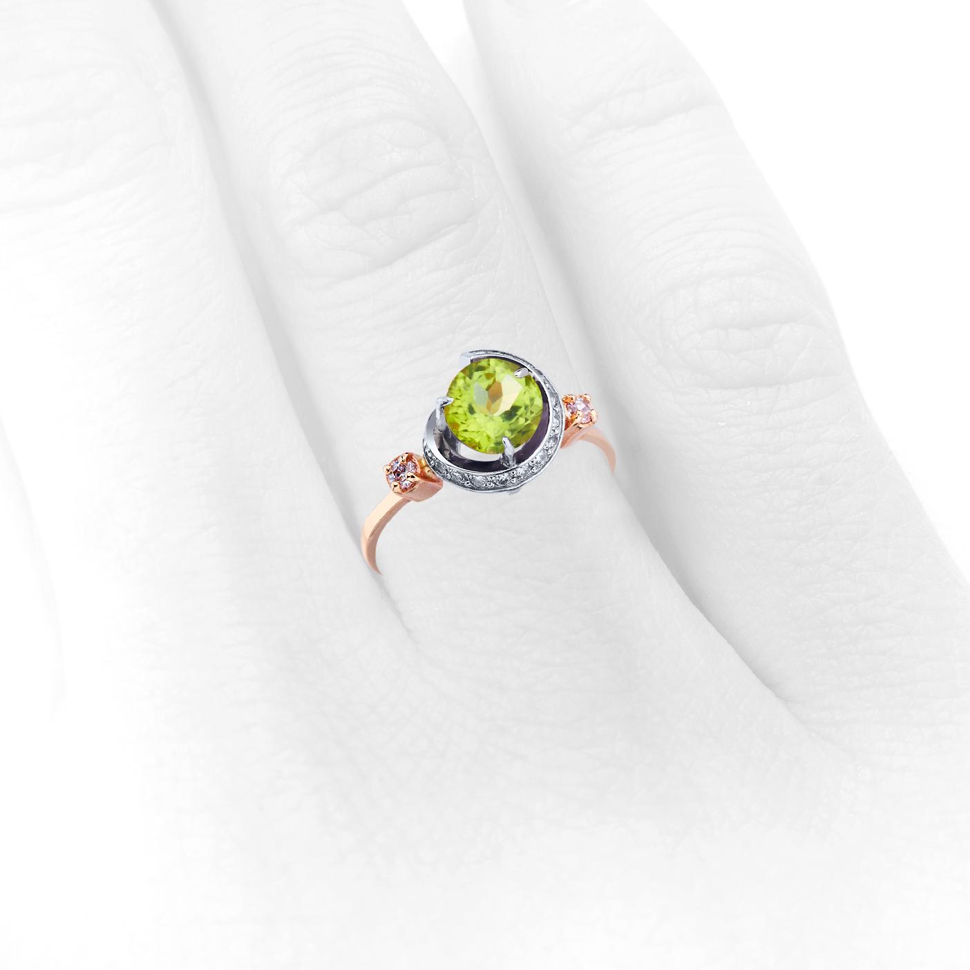 Золотое кольцо с хризолитом «Тайна Глории»