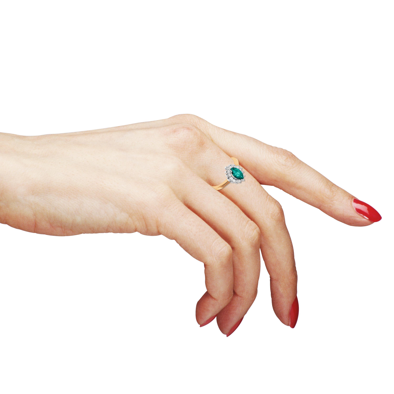Золотое кольцо с изумрудом «Adelasia»
