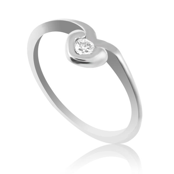 Золотое кольцо с бриллиантом «My Heart»