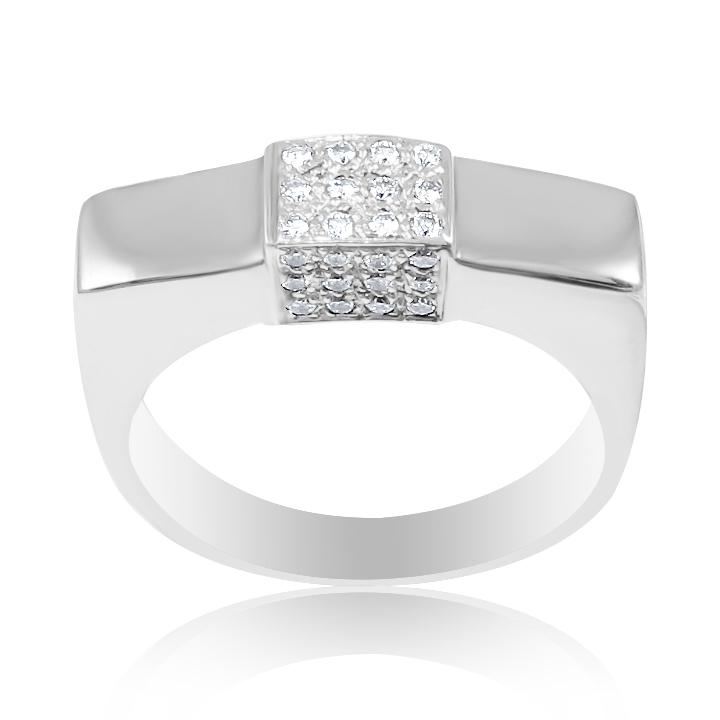 Мужское кольцо с бриллиантом белое золото