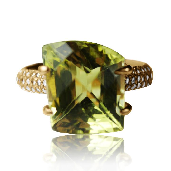 Золотое кольцо с кварцем «Gelly»