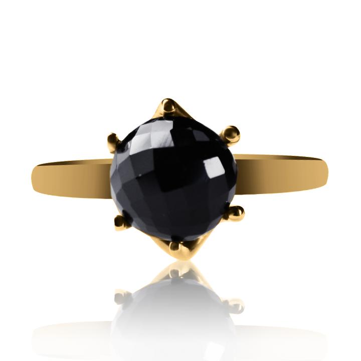 Золотое кольцо с гранатом «Kelly»