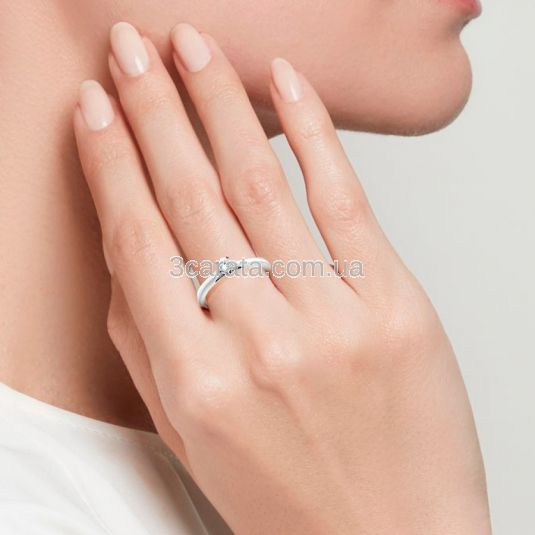 Золота каблучка для заручин з одним діамантом «Lily»