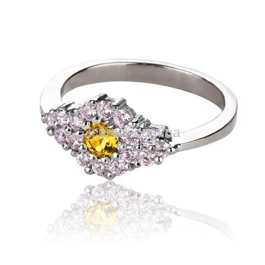 """Золоте кольцо з цитрином """"Зимова фантазія»"""