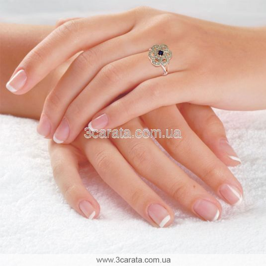 Золотий жіночий перстень з сапфіром «Сніжна квітка»