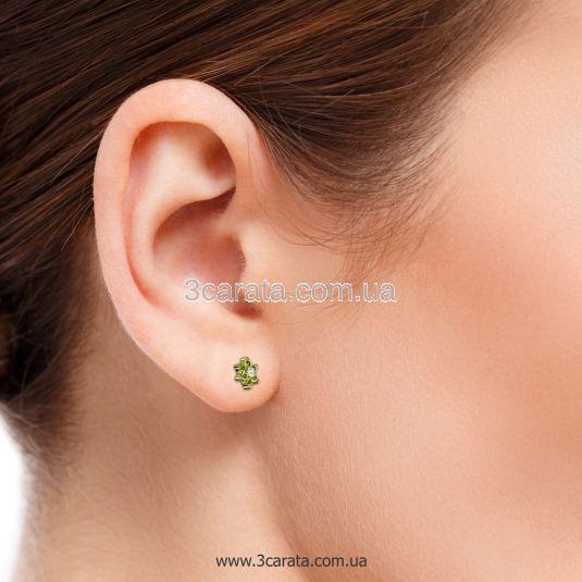 Золоті сережки гвоздики з зеленим камінням «Ромашка»