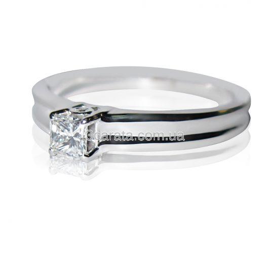 Заручальне кольцо з квадратним діамантом 0 31f959dbc7b6d