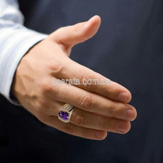 Золотий чоловічий перстень з аметистом «Іолай»