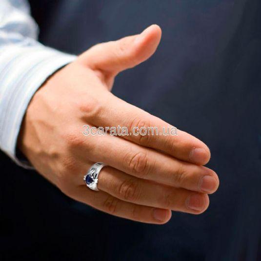 """Золотий перстень з сапфіром """"Лицарський орден»"""