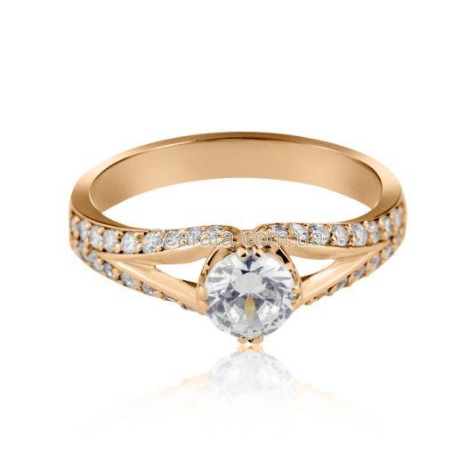 Женский перстень на помолвку «Звезда любви»