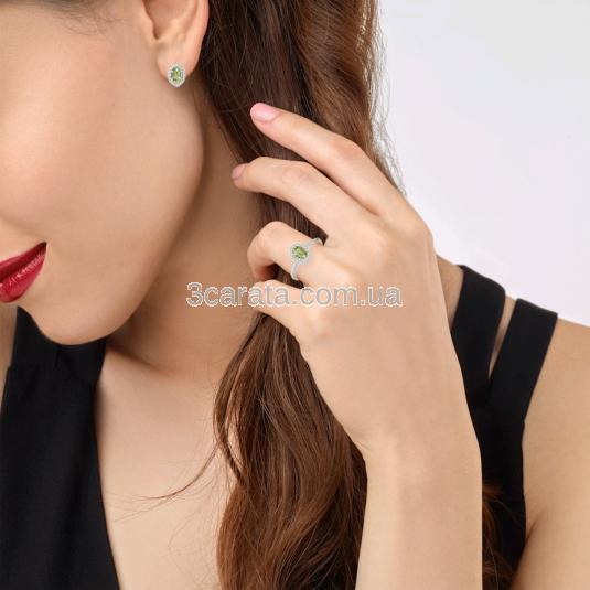 Золотой комплект с бериллом кольцо и серьги «Verdant delight»