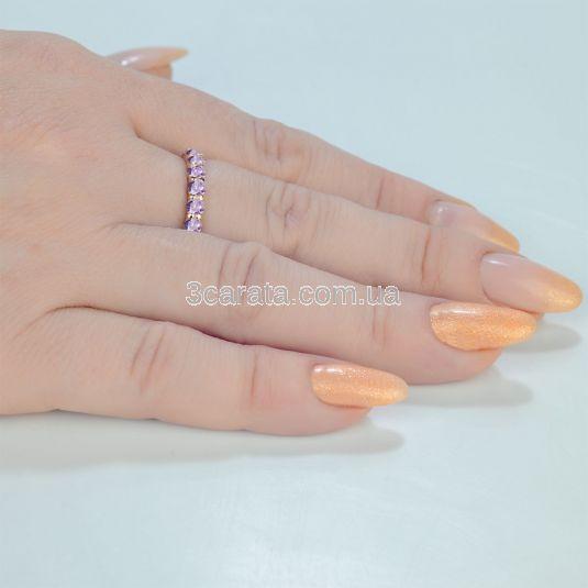 Золотое кольцо с дорожкой аметистов «Восторг»