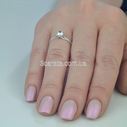 Золотое кольцо солитер с фианитом «Юнона»