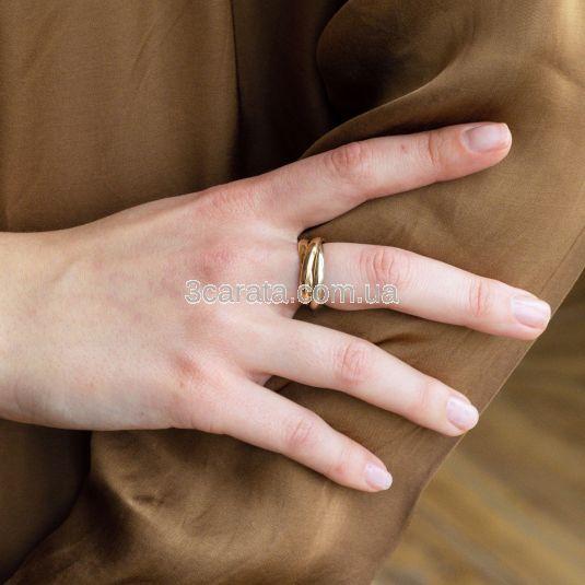 Золотое обручальное кольцо «Тринити» классика