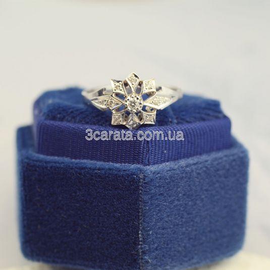 Золотое кольцо с бриллиантами «Сияние звезд»