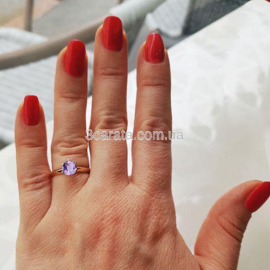 Золотое кольцо с аметистом «Век любви бесконечен»