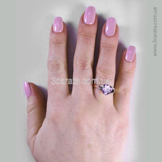 Золотое кольцо с аметистом «Мадера»