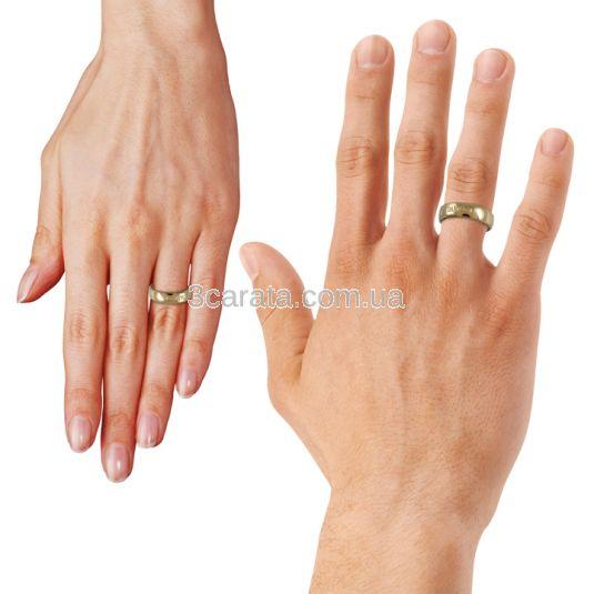 Золотое свадебное кольцо с бриллиантами «Ла Дамиани»