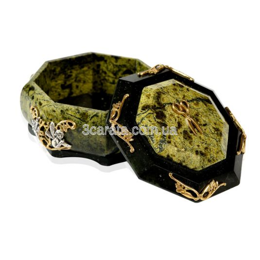 Шкатулка серебряная «Баронесса» из змеевика