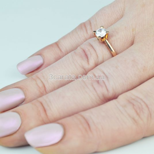 Золотое кольцо для помолвки с крупным фианитом «Элис»