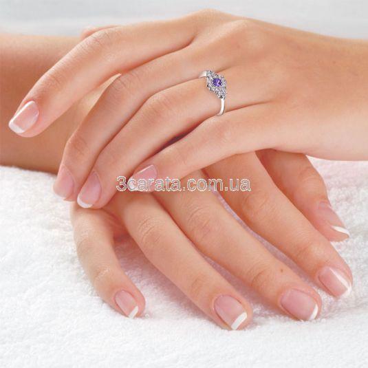 Золотое кольцо с аметистом «Зимняя фантазия»