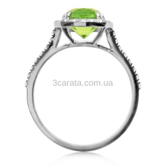 Золотое эксклюзивное кольцо с хризолитом «Аделаида»
