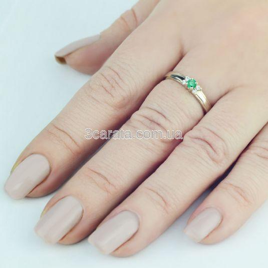 b7b1364e2ac3 Кольцо с изумрудом, купить Золотые кольца с изумрудом с ценой от 2 ...
