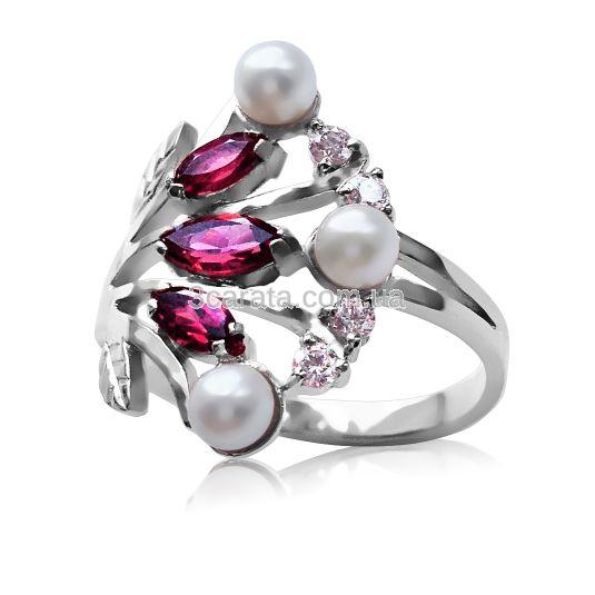 Золотое кольцо с рубином и жемчугом «Камея»