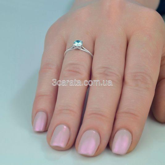 Золотое кольцо солитер с топазом «Юнона»