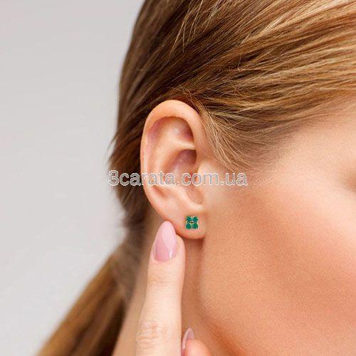 Золотые серьги гвоздики с зеленым агатом «Сила Четырех»