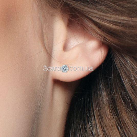 Одна золотая серьга в ухо с камнем «Grain»