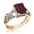 Золотое кольцо с гранатом  «Модный приговор»