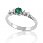 Золотое кольцо с изумрудом «Звездная пыль»