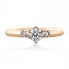 Золоте кільце з діамантом «Beniamino»