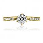 Золотое кольцо с цирконием «Vanessa»