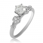 Золотий перстень з великим діамантом «Paris»
