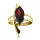 Золотое кольцо с гранатом «Стрела Амура»