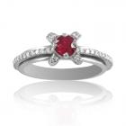 Элитное кольцо с рубином в россыпи алмазов «Венецианская ночь»