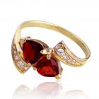 Золотое кольцо с гранатом «Сердце-магнит»