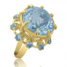 Золотое кольцо с топазом «Богиня Нейт»