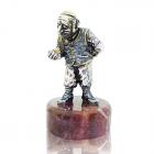"""Серебряная статуэтка """"Часовщик"""" с позолотой"""