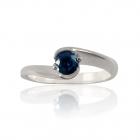 Золотое кольцо с сапфиром «Мгновение»