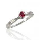 Золотое кольцо с рубином «Лира»